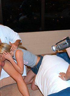 Домашний секс втроём - фото #