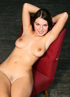 Эротические фото эффектной девушки - фото #