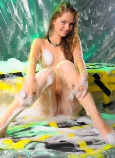 Секс фото с молодой девушкой - фото #