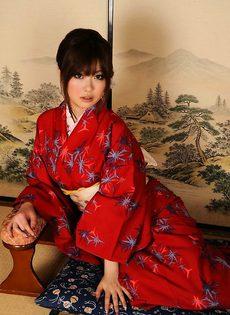 Сука из Азии - фото #
