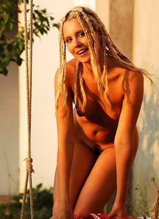 Татьяна во дворе - фото #