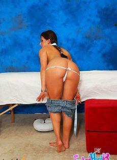 Вместо массажа её трахнули - фото #