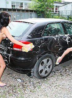 Голая авто мойка - фото #