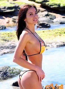 Реклама бикини - фото #