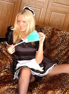 Эротическая уборщица - фото #