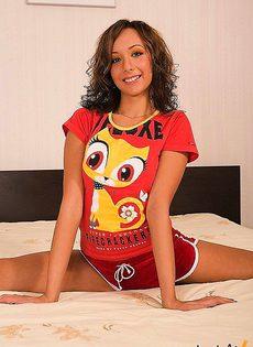 Молодая порно модель - фото #