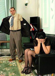 Не спорит с начальником - фото #