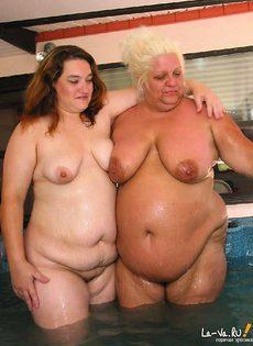 Пожилые сучки в джакузи - фото #