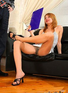 Оценил свою новую секретаршу - фото #