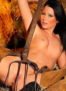 Колхозная секс бомба - фото #