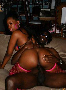 Черный секс в позднее время - фото #
