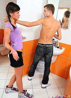 Об кончал спермой все дело девушки - фото #
