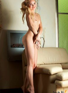Юное тело жаждет секса - фото #