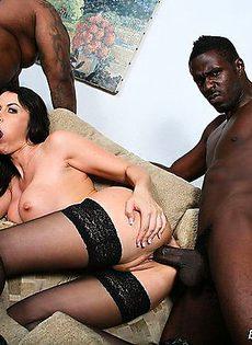 Два темнокожих трахаря - фото #