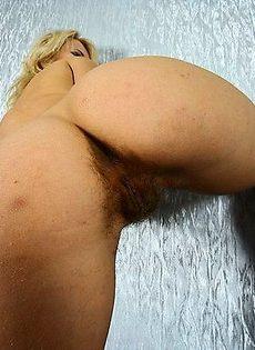Пизда и жопа покрылись волосами - фото #