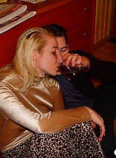 Напоил девушку специально что бы потом трахнуть - фото #