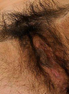 Волосатая пизда выглядит не очень сексуально - фото #