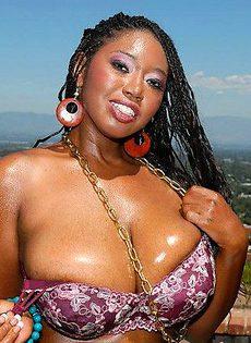Негритянка истощила мужик страстным сексом - фото #
