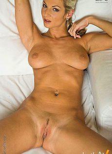Взрослая сучка с идеальным телом для секса - фото #