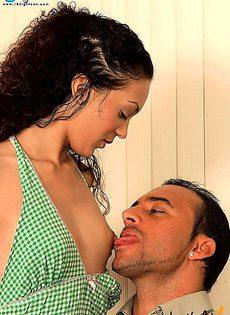 Девушка выбрала секс - фото #