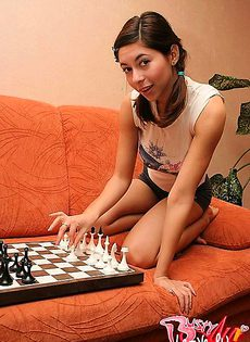 Проигралась сама себе в шашки - фото #