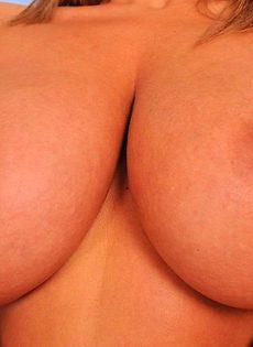Большое тело, требует больше страсти - фото #