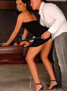 Предпочел заняться сексом - фото #