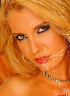 Блондинка в суксуальном белье показа анальный мастер-класс - фото #