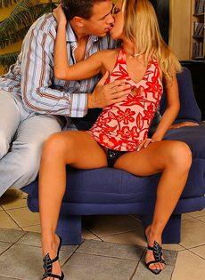 Романтическое знакомство закончилось сексом - фото #