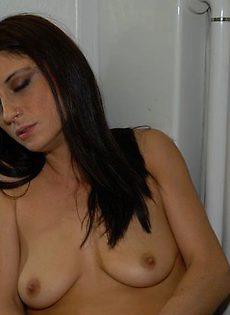 Домашняя съемка мастурбации - фото #31