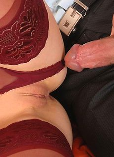 Соединила в себе два мужских хуя - фото #
