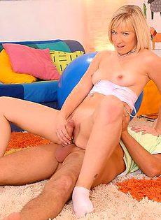 Секс двух молодых людей - фото #