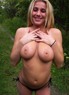 Деревенская баба с большими сиськами - фото #