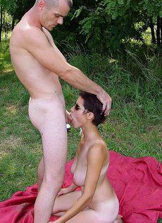 Анальный секс на природе - фото #