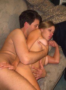 Папа занимается сексом с молодой няней - фото #
