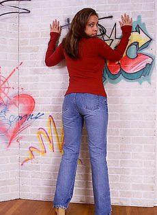 Девушка с большими сиськами - фото #