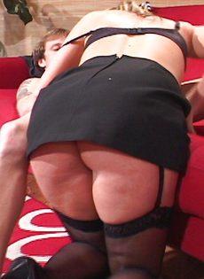Секс со случайной бабой счастливого чувака - фото #