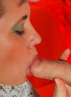 Пикапер довел до оргазма зрелую широкозадую брюнетку - фото #