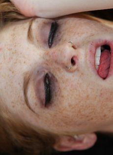 Перетраханая шалава удовлетворяет ртом и пилоткой очередного трахаря - фото #