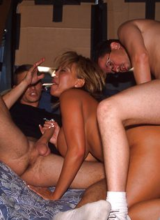 Секс экспресс для любителей групповушки - фото #
