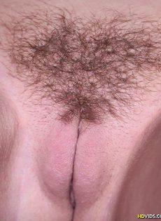 Секс с молоденькой блядью с небритым лобком - фото #