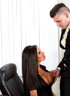 Офисное порно - фото #