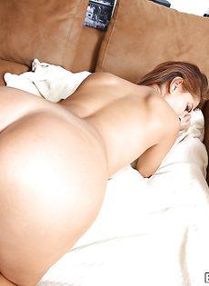 Секс с красивой домработницей Бьянкой - фото #