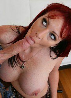 Секс с грудастой мамашей (Kylie Ireland) - фото #9