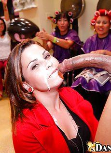 Секс вечеринка в салоне красоты - фото #16
