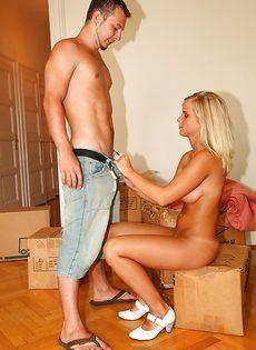 Отпразднуем сексом переезд в новую квартиру, дорогая? - фото #