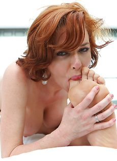 Страстная красотка Вероника Авлув быстренько возбудила пацана - фото #