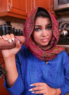 Заполнил спермой влагалище мусульманской девушки - фото #