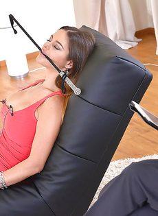 Межрасовый секс с элементами легкого БДСМ - фото #
