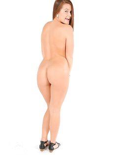 Эротические порно фото молоденькой милашки Abby Cross - фото #